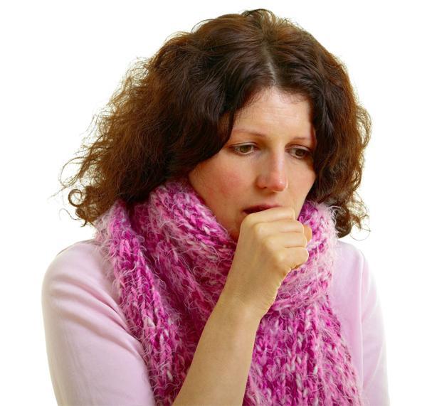 Каковы симптомы и как лечить влажный кашель
