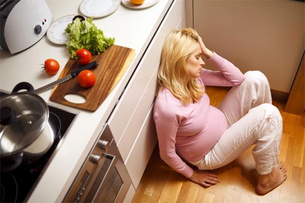 Почему нельзя голодать во время беременности?