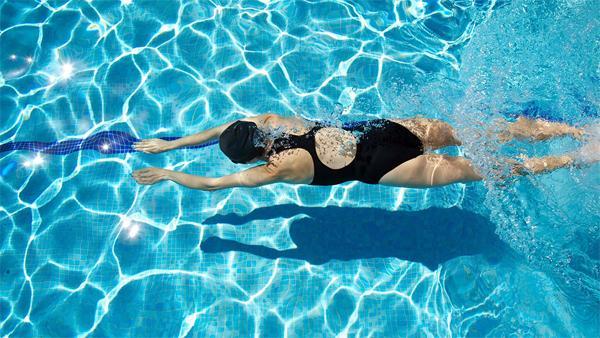 Плавание: безопасность и польза