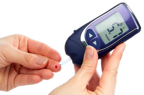 Тошнота может являться симптомом диабета...