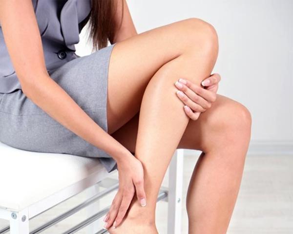 Как остановить судороги в ногах