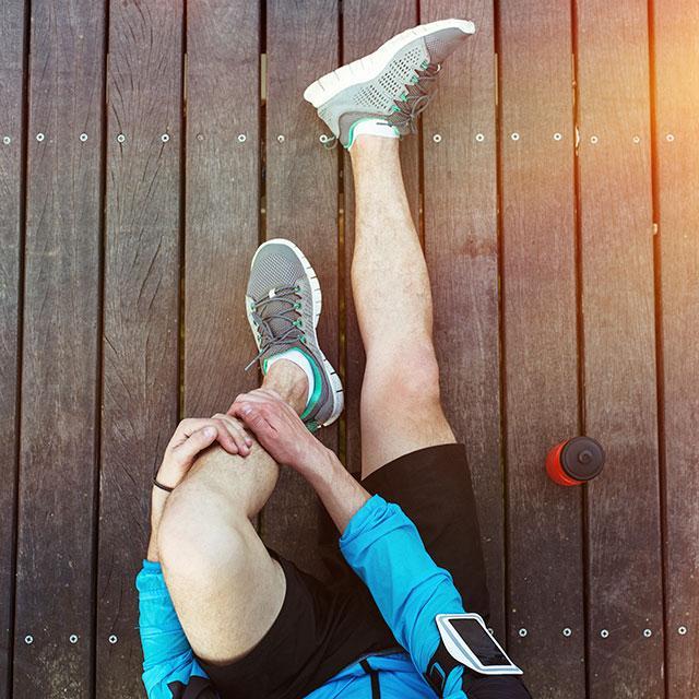 Травмы коленного сустава - лечение у травматолога