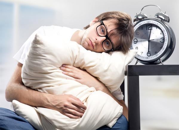 Почему повышается уровень сахара в крови по утрам?