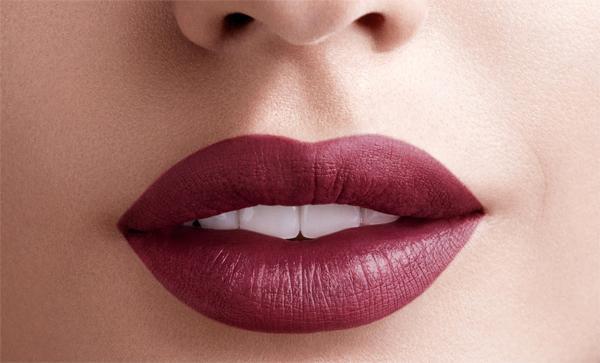 Что нужно знать о матовой губной помаде?