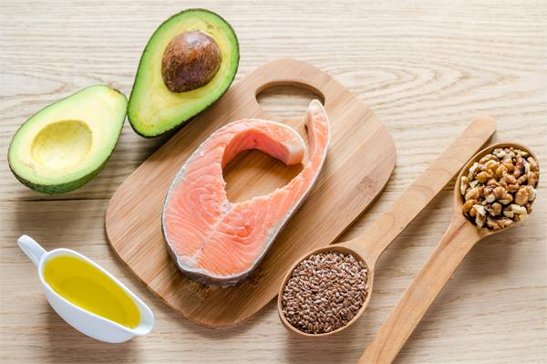 Как снизить уровень триглицеридов при помощи диеты?