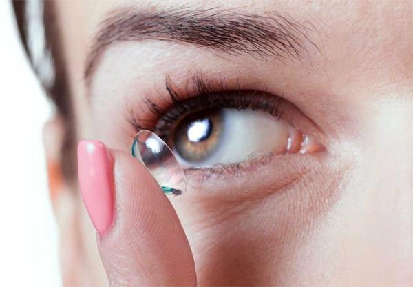 Как быстро и безопасно изменить цвет глаз?