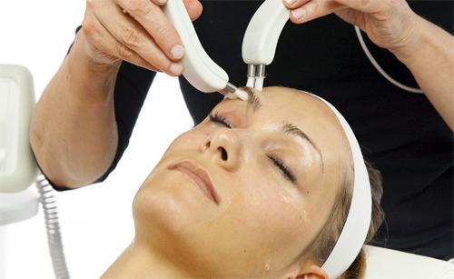 Что такое микротоковая лицевая терапия?