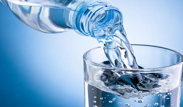 Бутилированная вода: свойства и правила выбора