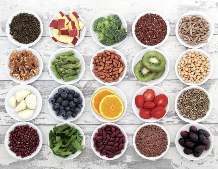 Витамины из пищи — не добавки — связаны с более долгой жизнью