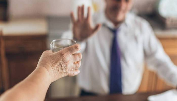 Как и где закодироваться от алкоголя